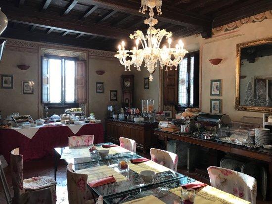 Vicchio, Itália: Colazione