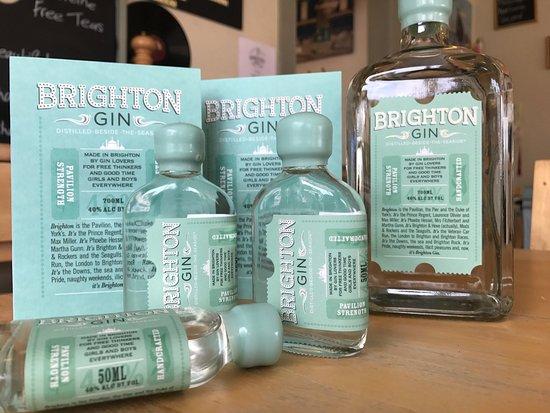 Rustington, UK: Brighton Gin windows.... Brighton Gin, Regency Tonic, Brighton Rock along.. with art from The Ko