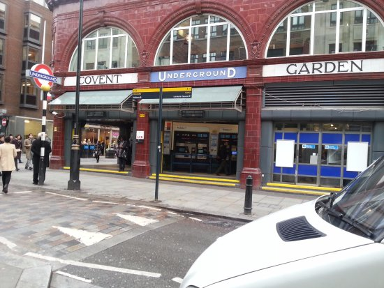 Covent Garden : 코벤트가든역