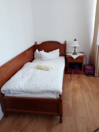 Mucheln, Germany: Doppelzimmer mit Einzelbetten