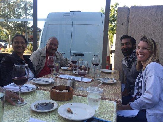 Milpitas, كاليفورنيا: Outdoors at Dishdash