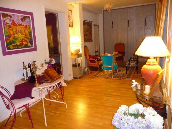 la maison du bonheur b b toulon france voir les tarifs 14 avis et 4 photos. Black Bedroom Furniture Sets. Home Design Ideas