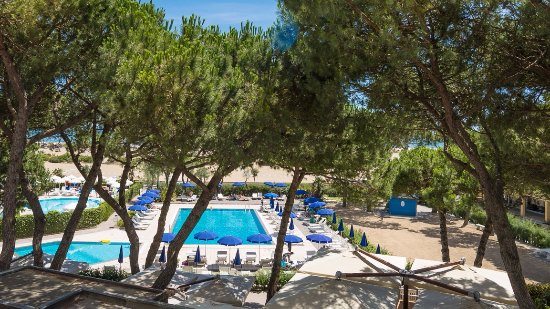 Fantinello Hotel: private pool and beach