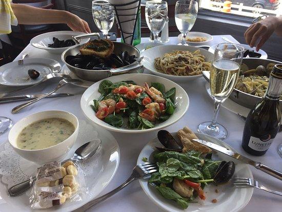 Harbor Mist Restaurant: photo0.jpg