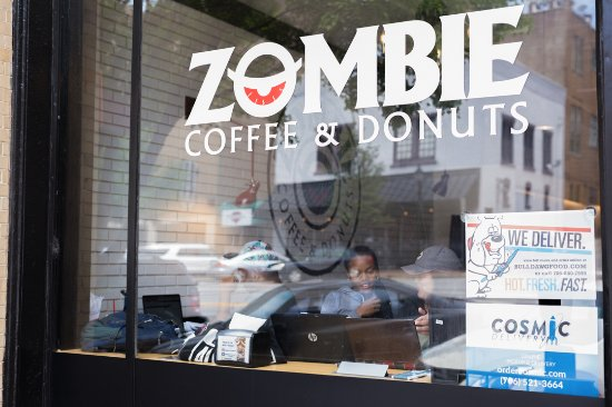 Atenas, GA: Stop by, study, and enjoy fresh coffee and donuts