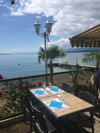 Rolle, Schweiz: la terrasse