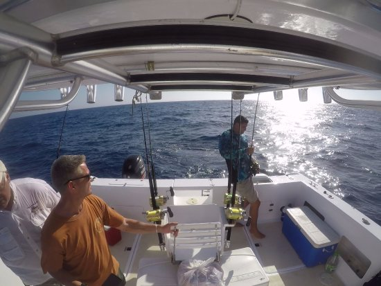 Rio San Juan, Dominicaanse Republiek: Fishing a 20# Dorado