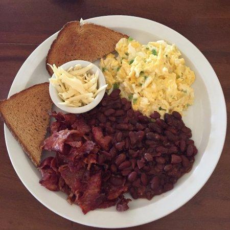 Tola, Nicaragua: Breakfast Nica Style