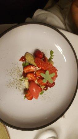 Saint-Jean-de-Blaignac, France: dessert