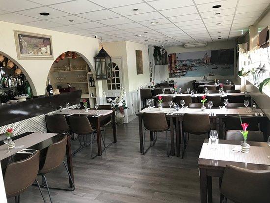 La Piazza, Capelle aan den IJssel - Slotplein 129 - Restaurant ...