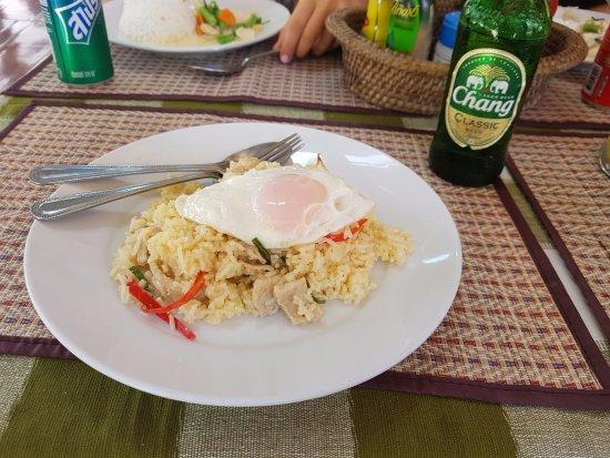 pranee 39 s kitchen koh tao restaurant reviews phone