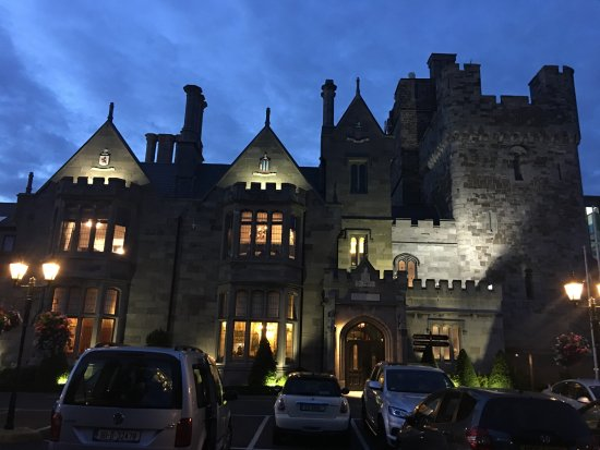 Clontarf Castle Hotel Photo
