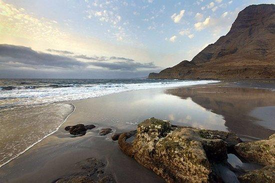 Playa del Risco Y Puerto De Agaete