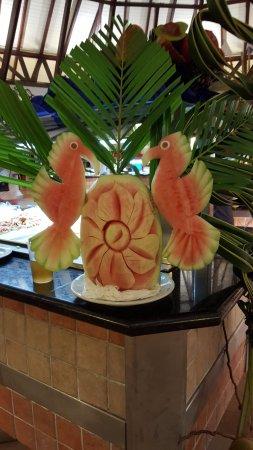 VIK Hotel Arena Blanca : Sculpture sur pastèque