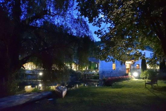 Le Moulin De Vigonac: Moulin de Vigonac un soir d'été
