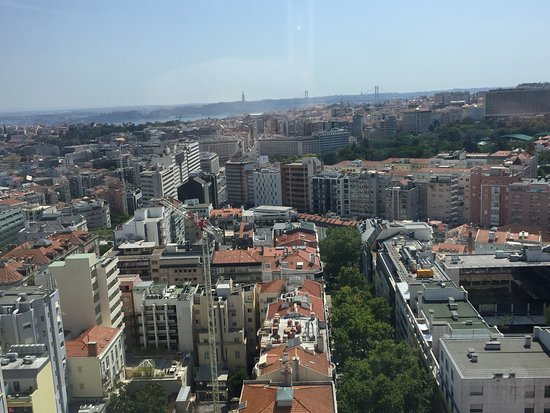 Sheraton Lisboa Hotel & Spa: Room view