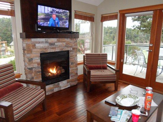Mayne Island, Kanada: cozy fire