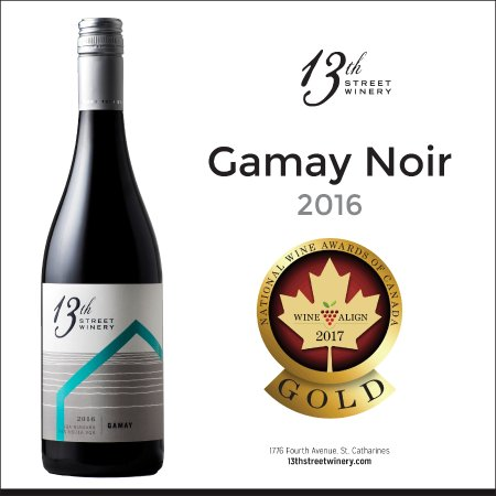 St. Catharines, Kanada: Try our Gold Medal Gamay 2016