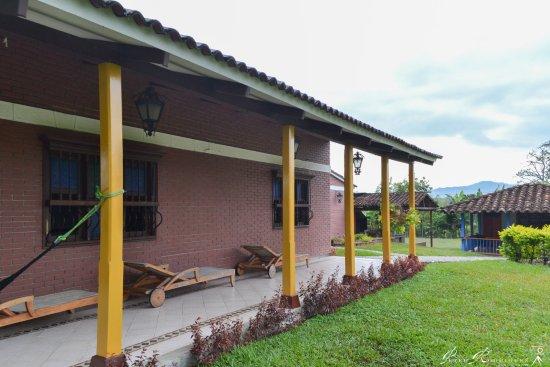 Hostal Los Juanes: Area de descanso/ lectura