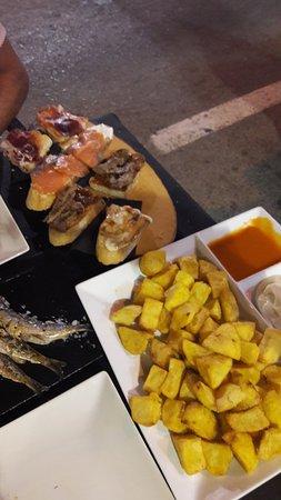 Restaurante el patio chico en torrevieja con cocina otras for Patio chico