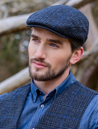 d154c6068 Trinity hat by Mucros Weavers - Picture of Skellig Gift Store ...