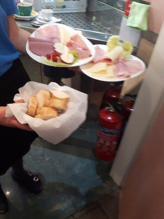 Wetzlar, Deutschland: Frühstück