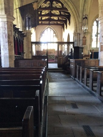 Лейберн, UK: The nave of Holy Trinity Church, Wensley, (near Leyburn)