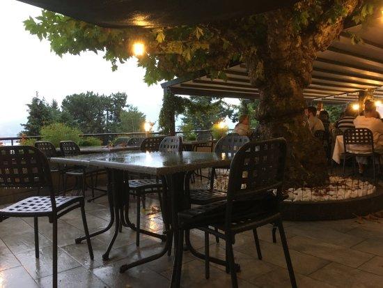 Oggebbio, Italia: Het bleef maar regenen ....
