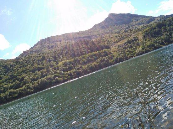 Aragonian Pyrenees, Ισπανία: Embalse de Lanuza