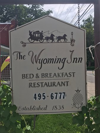 Wyoming, NY: Absolutely beautiful! Wonderful staff, comfortable rooms and great food!