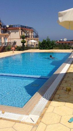 Arapkoy, Cypr: Уединенное поселение Челси в 5 мин от поселка Арапкой, на территории поселка магазин и 2 рестора
