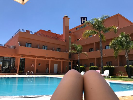 Hotel Praia Sol: View of hotel from sun lounger :)