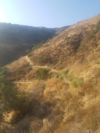 Thousand Oaks, CA: Toward Paradise Falls