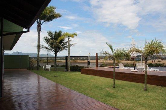 Ponta das Canas, SC : Posada con salida a la playa