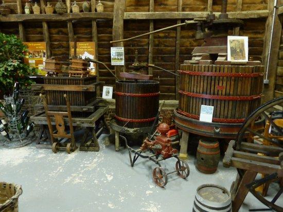 Bretteville-du-Grand-Caux, Frankrig: anciens pressoirs