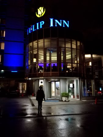Tulip Inn Putnik Belgrade Photo