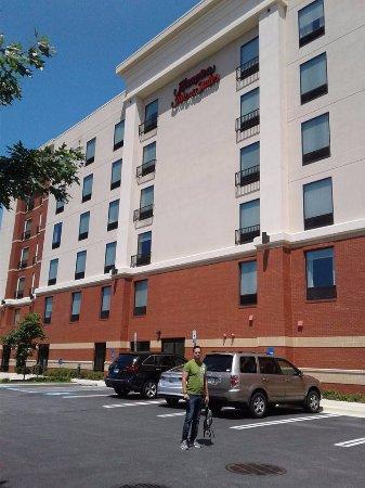 Hampton Inn & Suites Washington, DC North / Gaithersburg Photo