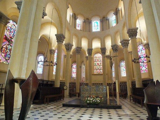 Le choeur photo de basilique notre dame du port clermont ferrand tripadvisor - Rue du port clermont ferrand ...