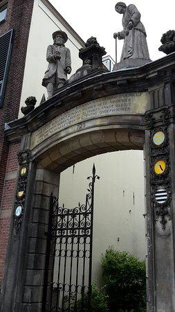 Oude Bornhof (+ Poort Bornhof): Poort Bornhof