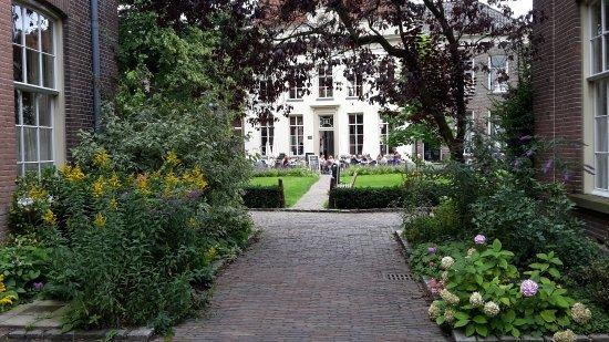 Oude Bornhof (+ Poort Bornhof): lovely