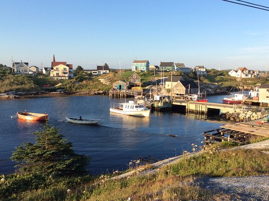 Peggy's Cove, แคนาดา: Beau village.