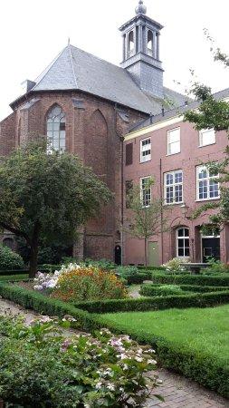 Bibliotheek Zutphen: the library / church