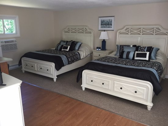 Old Lyme, CT: Room #2