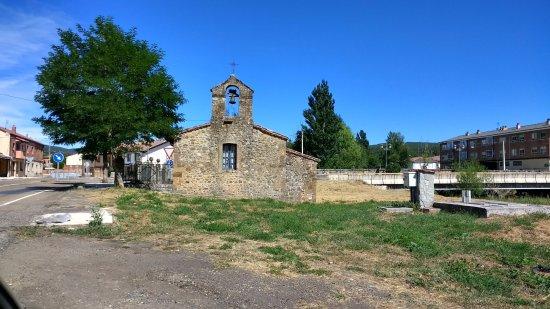 Ermita de Nuestra Senora de las Angustias de Puente Almuhey