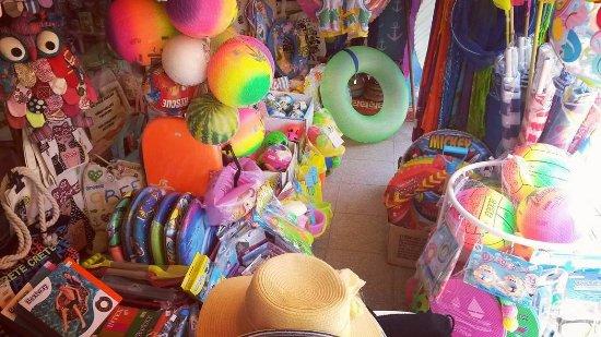 Malia, Hellas: Beach Air Mattresses,Inflatable tyre tubes, balls, beach towels, summer rackets, swim shorts & h