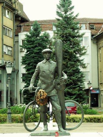 Ivan Saric Monument