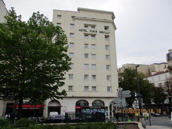 Neuilly-sur-Seine, Francia: la façade du complexe hôtelier
