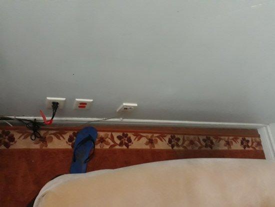 Hotel Montreal Espace Confort: 20170814_001131_large.jpg