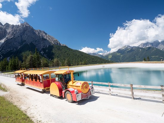 Serlesbahnen: The land train