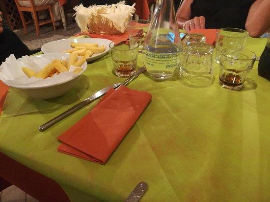 Montemerano, Włochy: IMG_20170815_213508_large.jpg